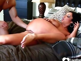 Big Caboose Black-haired Mummy Is Sucking Boner And Getting Banged In Her Sofa, The Way She Likes