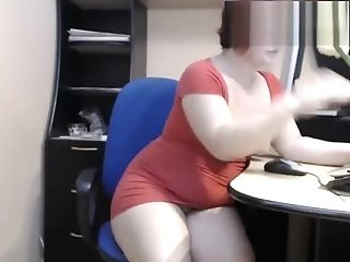Old Matures Mom Demonstrate Her Beautiful Big Booty