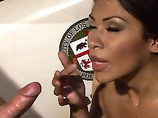 Horn-mad Cop Cassandra Cruz Gets Labia Fucked From Behind Outdoors