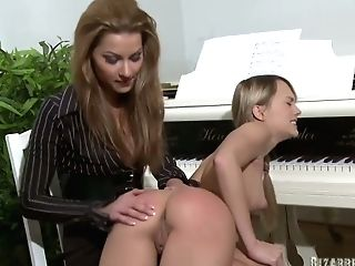 Pretty Pianist Amy Is Making Love With G/g Professor Wearing Strap On Dildo