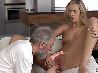 Old4k. Winsome Chick Wakes Up And Is Ready For Bang-out With Old Hubby