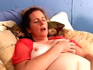 Snazzy Chesty Matures Woman Is Frigging Her Twat
