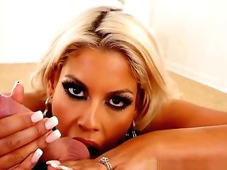 Point Of View Loving Cougar Throated And Gives Rimjob