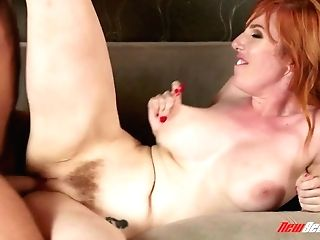 Tantalizing Beauty Lauren Phillips Deepthroats A Dick And Gets Her Fuckbox Fucked