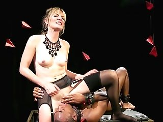 Milky Mistress Mona Wales Makes Black Servant Eat Her Sweaty Puss