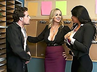 Amazing Office Mega-slut Julia Ann Has Memorable Ffm Threesome At Work