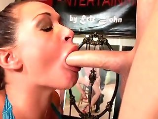 Hot Cougar Tory Lane Is An Accomplished At Sucking Dick