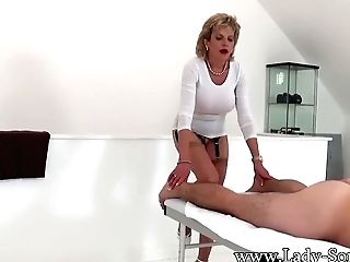 Erotic Rubdown And Tugjob From Lady Sonia