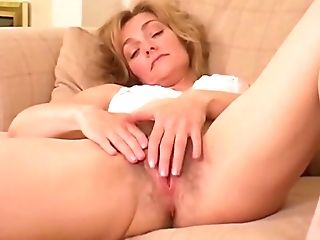 Lydia From Kent - My First-ever Vid