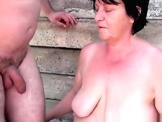 Gross Grand-ma With 1 Inch Nips Fucked Outdoors
